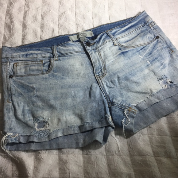 Charlotte Russe Pants - Charlotte Russe distressed shorts 14
